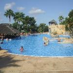 La Reserva pool