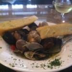 mussels and clams w/delicious broth