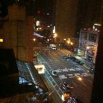 6階の部屋から8thAve.を見下ろす 3:00AM