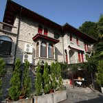 Die Villa Le Pergole von aussen