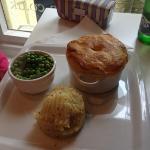 chicken and ham pie