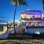 Oceano is the trendiest restaurant and lounge in Condado Beach area.