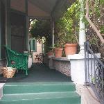 Front porch toward the Castaway room