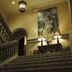 Escaleras a habitaciones