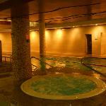 jacuzzi/ pool