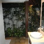 Villa 6 - The bathroom