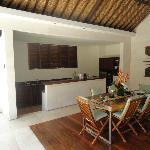 Villa 6 - The kitchen