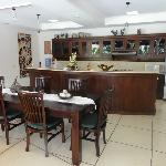 Villa Ginger - Dining & Kitchen