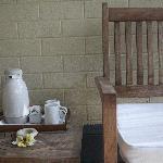Hmm...Tee schon vorm Frühstück auf der Veranda