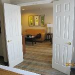 DOORS BETWEEN ROOMS