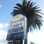 Averill Court Motel