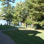 La vue vers le lac