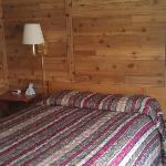 2 Queen beds in every cabin!
