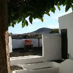 pequeña terraza de entrada a la habitacion