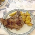 bistecca ai ferri con patate al forno, cottura ottima e carne tenera