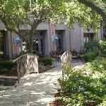 Inner courtyard, from Lobby to restaurant