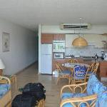 Room 2204 1 Bedroom Unit - Kitchen