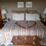King Size Bed, Orchard House