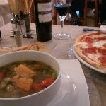 vegetable soup & pizza (ham, cheese, tomato)