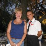 официантка Элена - замечательная девушка!