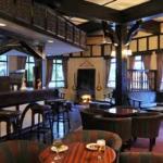 Cresta Churchill Bar