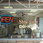 Richy Kreme Side Window