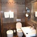 The sparkling bathroom