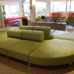 Réception, espace détente et rencontre