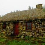Cottage hinterm Farmhouse