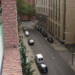 Calle desde el balcón de la habitación