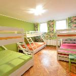 Green Dorm (8 beds; 2 twin beds and 4 single beds)