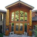 Hells Canyon Resort Lodge Entrance