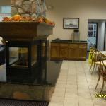 Lobby/Breakfast area of Hotel