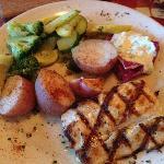 Mahi Mahi with Red Potatoes and Vegies