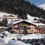 Winteransicht Familienhotel Filzmooserhof