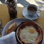 Baked eggs with ham, smoked mozzarella and a personal french press.