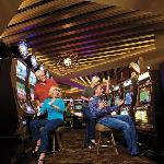2,000 of reel & video slot machines!