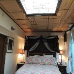 quarto com abertura no teto