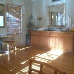 Sala breakfast con bancone