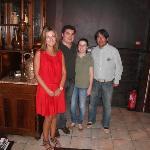 """Foto de la entrada con """"GUIDA Y MIRO""""(los del centro)"""