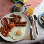 Irish breakfast at O'Connor's Guesthouse... delicious!