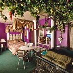 Romantic Rome.  Grape Vine Canopy overhanging large 4'x6' Hot Tub - Amore!