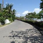 street outside the padma between the resort and the beach