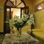 В отеле Candido всегда свежие живые цветы
