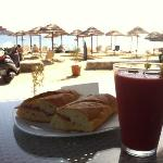 Verão refrescante e sanduíche italiano
