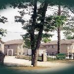 Gated Private Waterfront  3 - 6 bdrm Villa Resort
