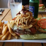 Photo de Capt's Waterfront Grill