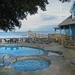 Pool, whirlpool, the Inn and the Currituck Sound