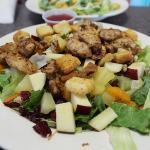 la mia insalata. - con pollo e frutta