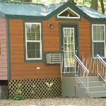 Deluxe Cabin Rentals (Have their own bathroom)